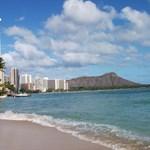 Hotels, and resorts near Diamond Head