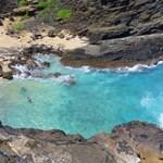 Panoramic shot of Halona blowholes beach
