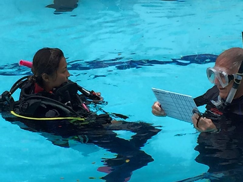 Scuba Dive Multi Day Packages And Certification Courses Honolulu